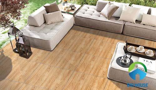Gạch vân gỗ Vitto đem lại sự khác biệt cho phòng khách