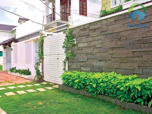 mẫu gạch ốp tường rào