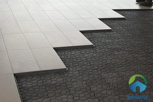 cách chọn mẫu gạch sân thượng